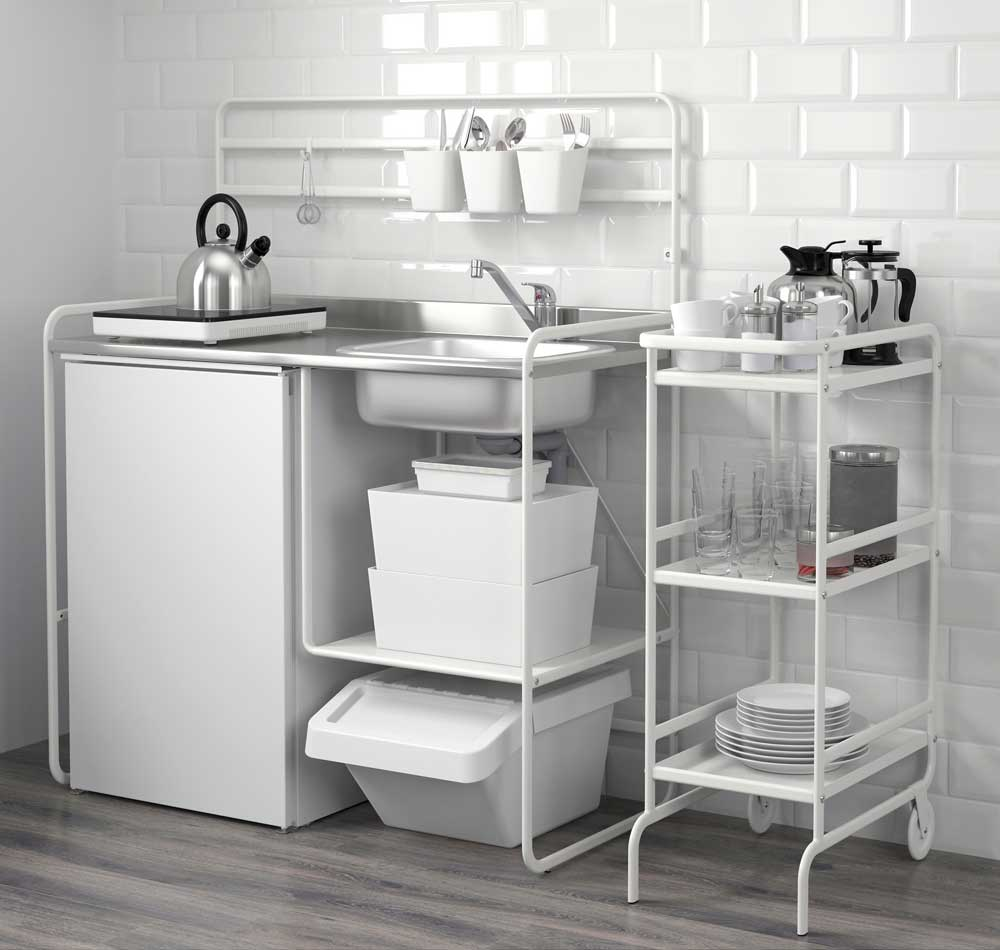 perfect cuisine ikea sunnersta avec frigo et desserte de rangement with ikea kitchenette frigo. Black Bedroom Furniture Sets. Home Design Ideas